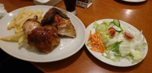 ローストチキンとフライドポテト&サラダセット