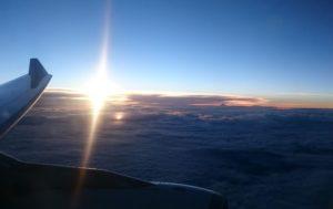 機内からの風景。美しい雲海でした。