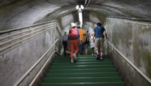 階段がきついですが、頑張りましょう。絶景が待っています